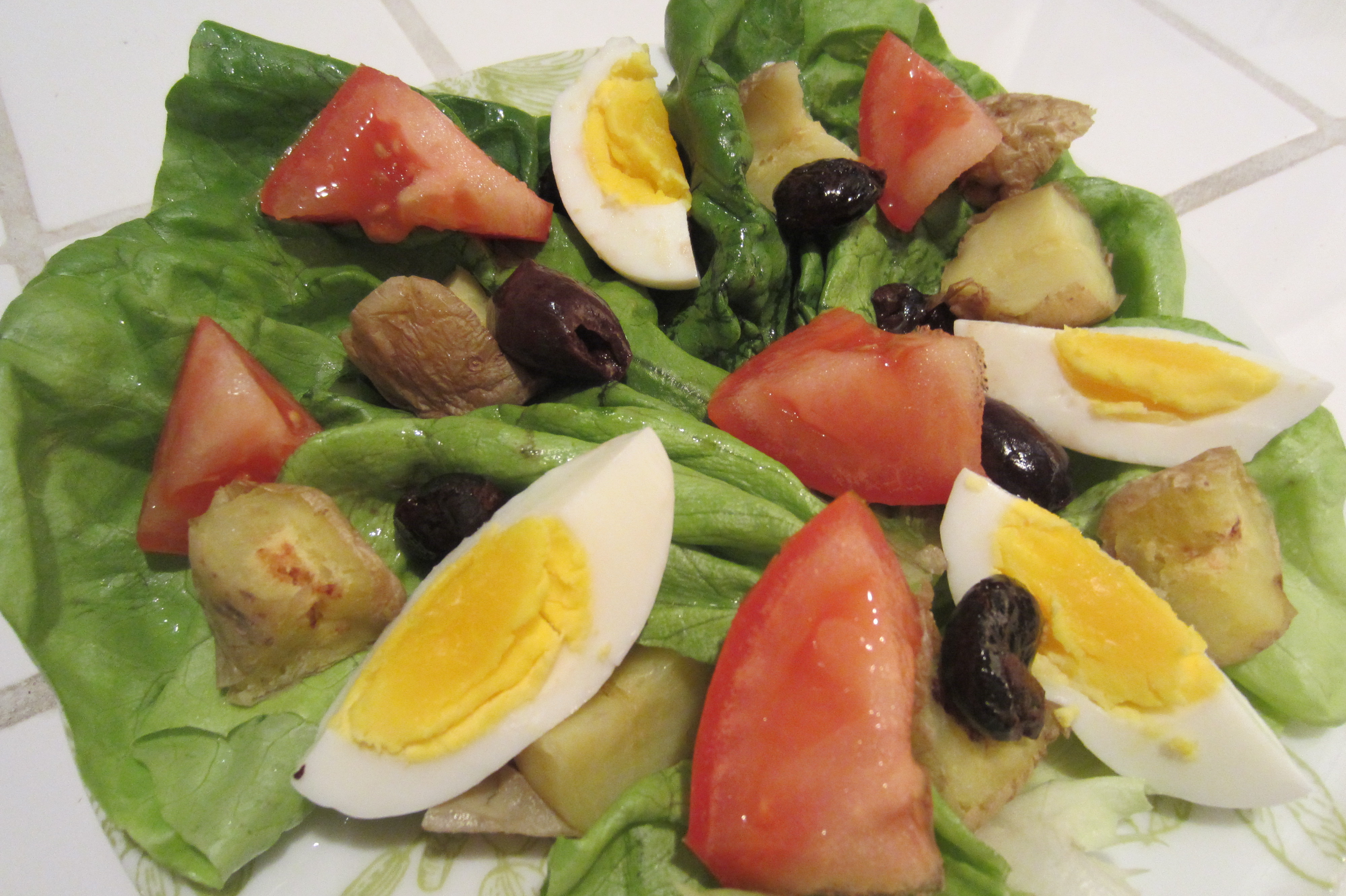And enjoy a divine salad nicoise. Lucky me! (knock wood)