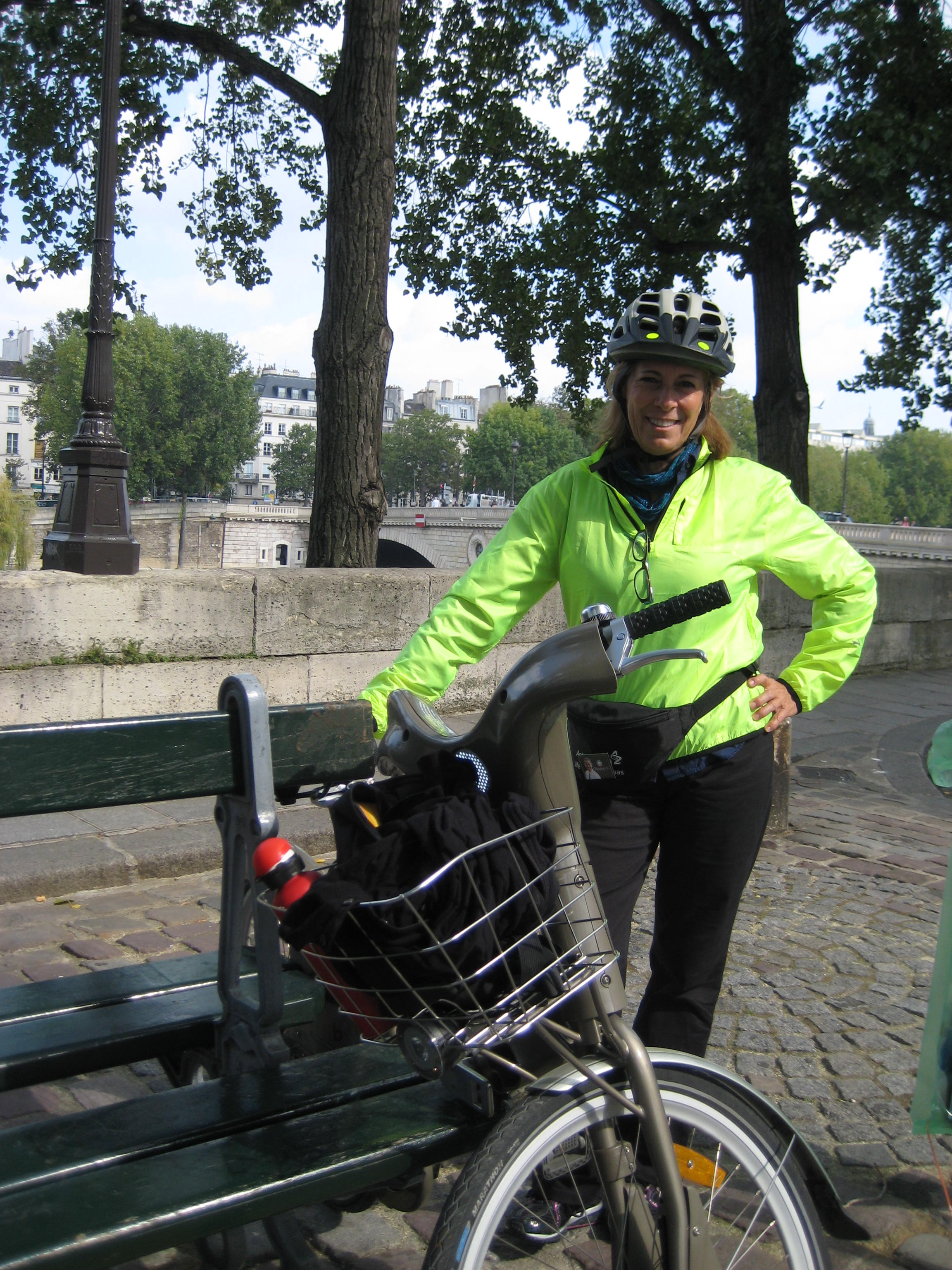 PARIS-Velib-and-Joan-Sept-08-0141